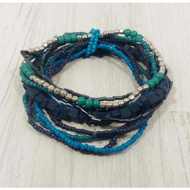 Bracelet bleu en pierres et perles