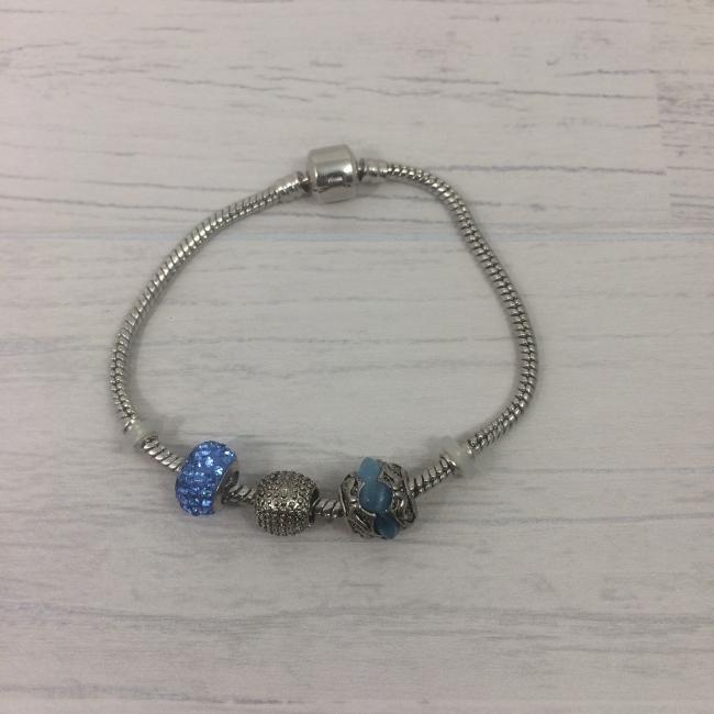 Bracelet acier et charms