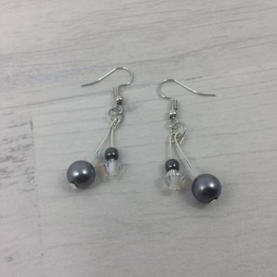 Boucles d'oreilles argentées, perles