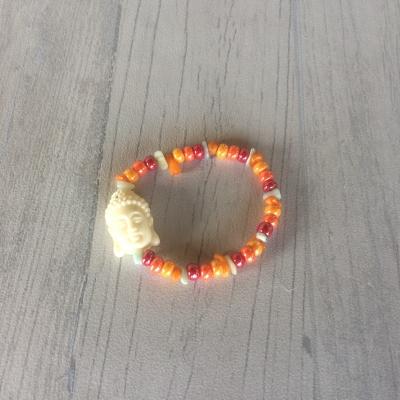 Bracelet en éclats de pierres, perles et boudha