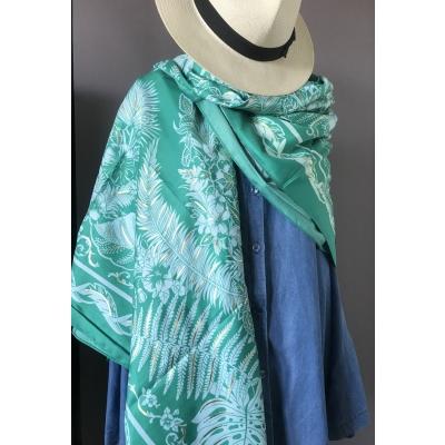 Foulard vert feuilles et dorure métal