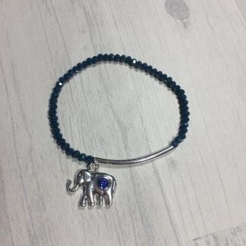 Bracelet en perles et charm éléphant