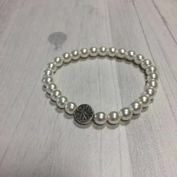 Bracelet en perles blanches