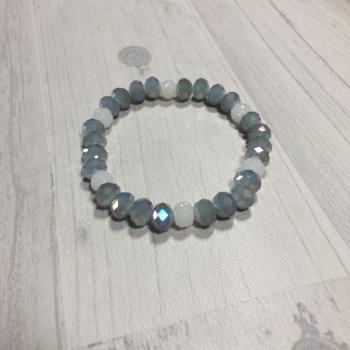 Bracelet en perles gris et blanc