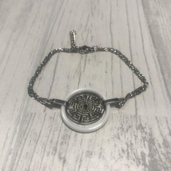 Bracelet en acier et motif ethnique céramique blanc